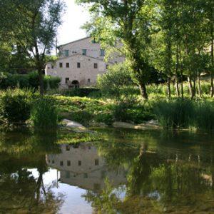Urbania (PU) - Agriturismo Mulino della Ricavata, sul fiume Metauro